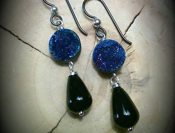 Niobium Ear Wires with 10mm Druzy and Onyx Dangle