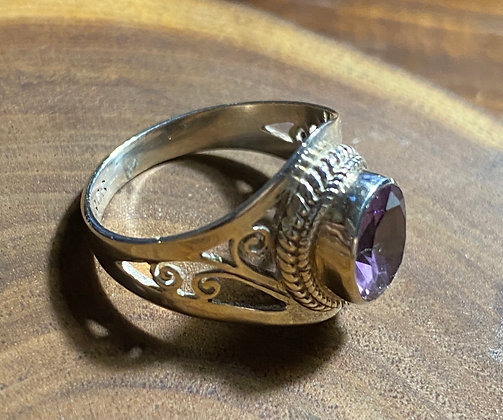 Faceted Oval Amethyst & Sterling Silver Ring