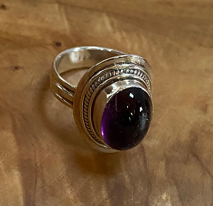 Large Oval Amethyst Cabochon & Sterling Silver Ring