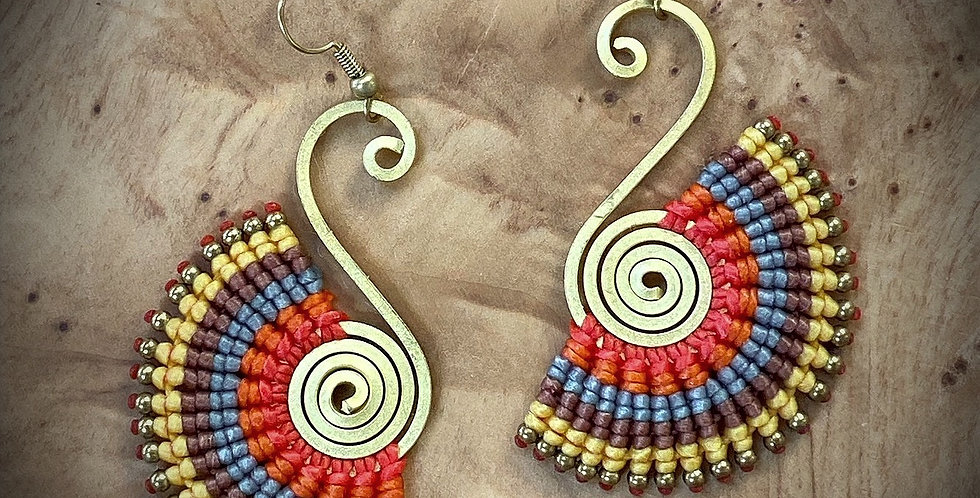 Evening Swan (vradinós kýknos) - Handmade Greek Earrings