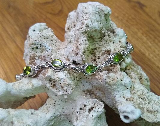 Perido & Sterling Silver Bracelet