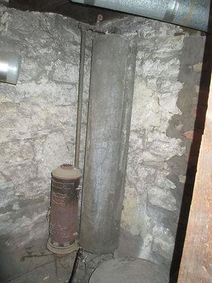 Ruud number 25 vintage water heater