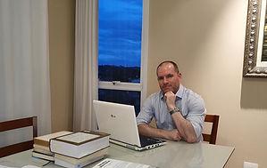 FOTO - preparando o novo livro.jpg 2.jpg