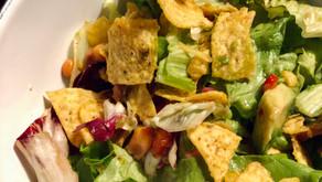 Mexicaanse salade met nacho's