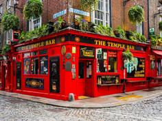 Entenda como irá funcionar a reabertura dos pubs e restaurantes nesta sexta-feira