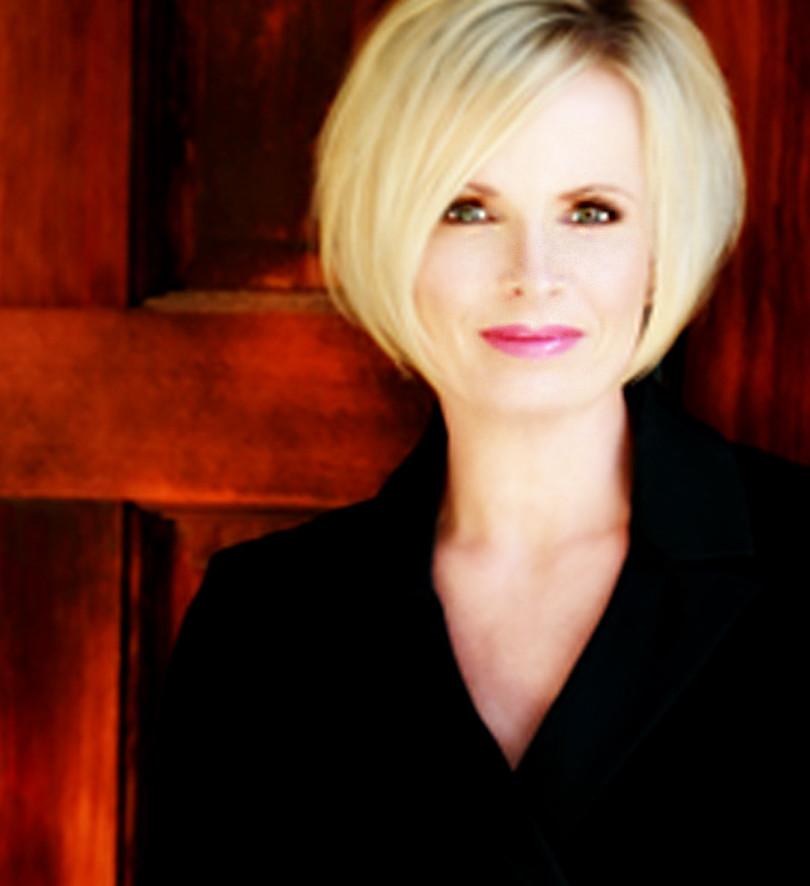 Pamela Profile 2.jpg