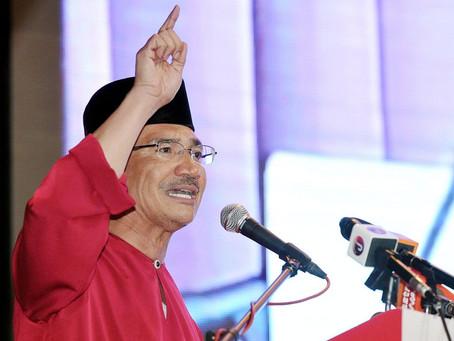 Sandiwara Anwar Untuk Bentuk Kerajaan Drama Lapuk