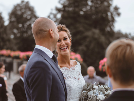 5 Tips for Picking the Right Photographer for Your Wedding