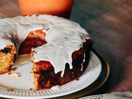 Pumpkin and chocolate sponge cake