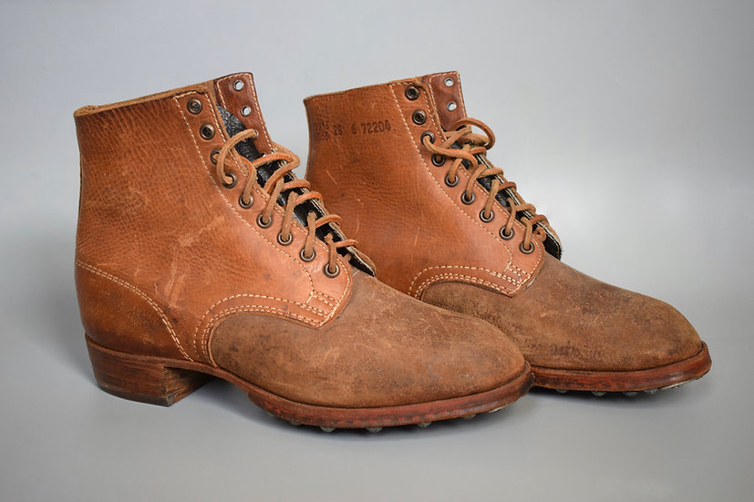 Late-war M37 low boots 'RBNr 0/0915/0056'