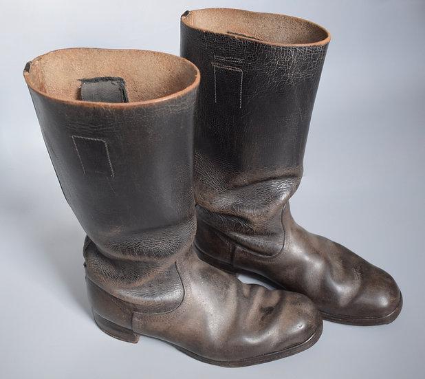Black leather jackboots '44 32'