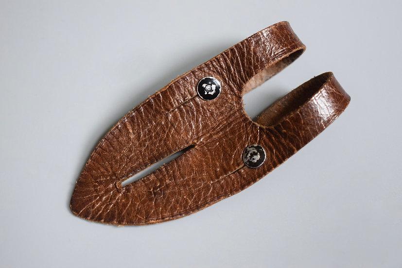 6x30 Dienstglas brown leather button tab '1941 WaA'