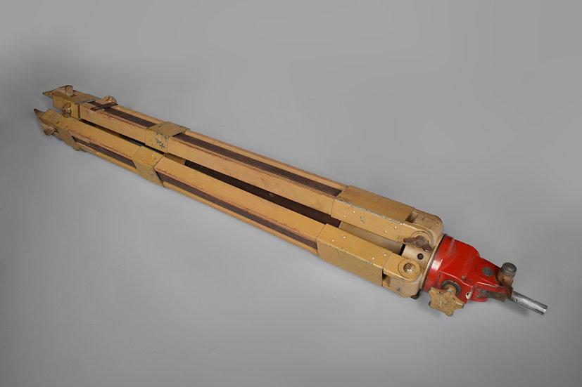 Gestell 40 wooden optic tripod 'dqc'