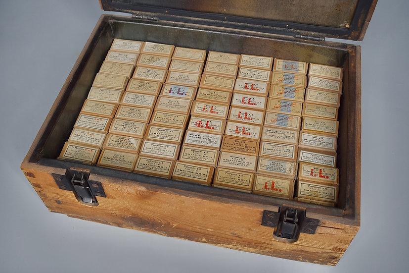 Late-war Patronenkasten '1945' + 70x 7.92x57mm ammo boxes