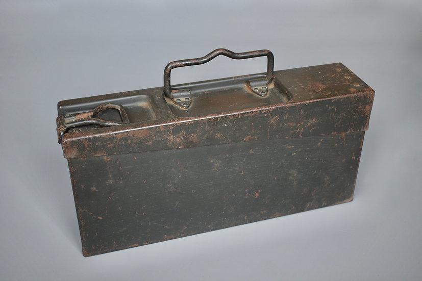 MG34 Werkzeug tool box 'bsw 1938 WaA4'
