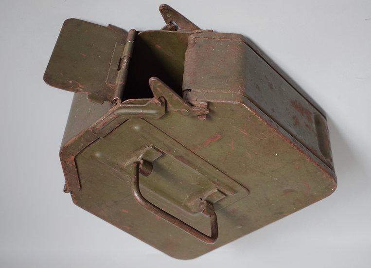 MG34 Patronenkasten 36 ammo box 'ada 1941 WaA'