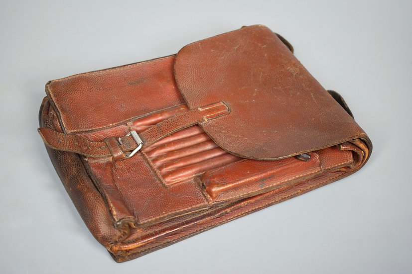 Luftwaffe brown map case '1938'