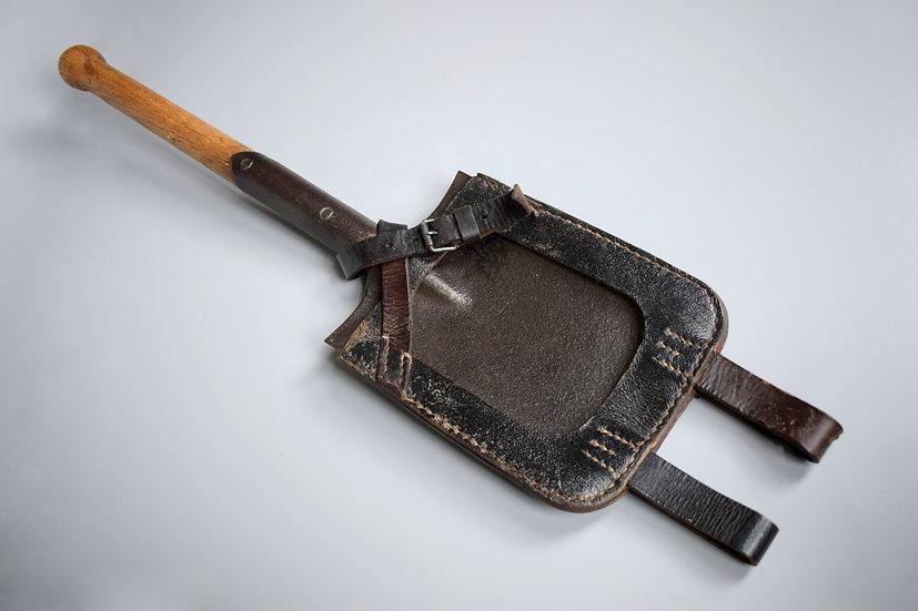 Straight shovel set 'obp 1944'