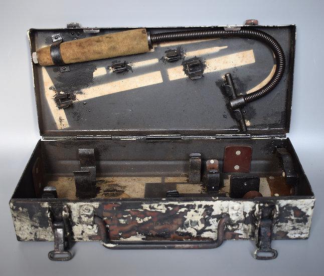 2cm KwK38 Flak-Vierling tool box 'bdk 44'