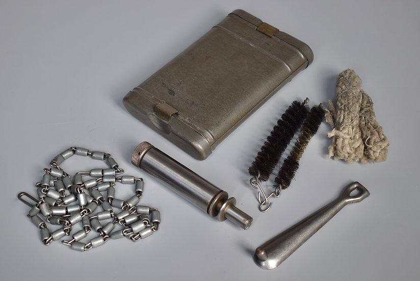 Matching RG34 cleaning kit 'Mundlos 1937'