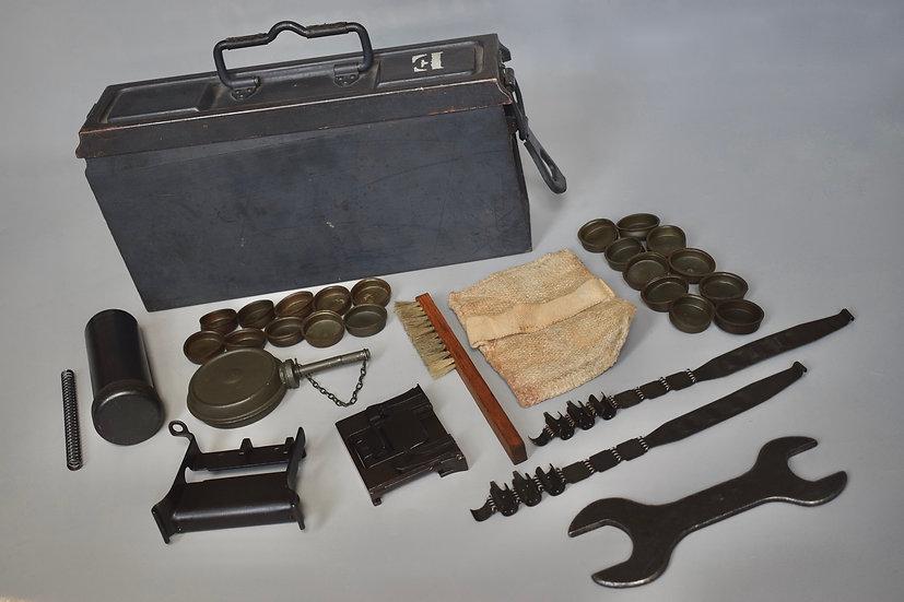 MG34 E-Kasten 'wa 42 WaA' + contents