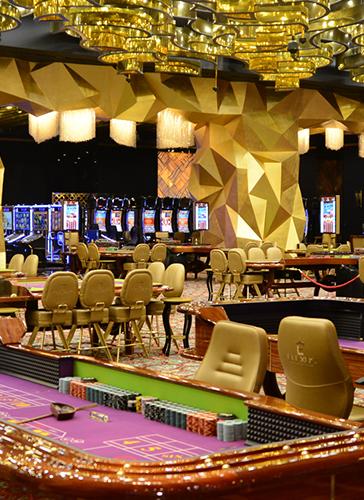 Elexus casino restaurants in hollywood casino st louis