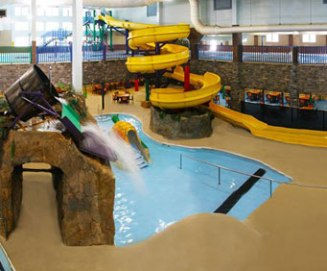 all inclusive family hotels, lazy river, water slides, missouri water park