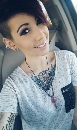 hidden body jewelry, smiley piercing