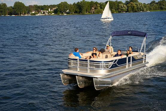 fast pontoon, branson yacht rental, motorized watercraft, relaxing in the missouri sun
