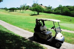 lakeside resort, 18 hole golf course