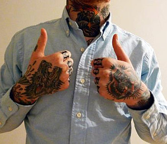 Visible tattoos in the workplace