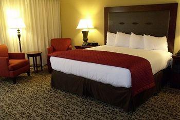 branson hotel deals, romantic lodging, cheap hotels