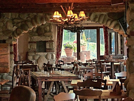 stone hotel, log cabin dining facility, branson mo restaurants