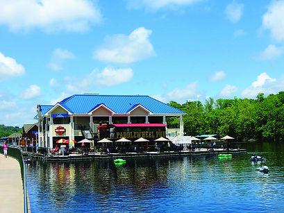 paddlewheel pub, lakeside activities, lake taneycomo houseboat