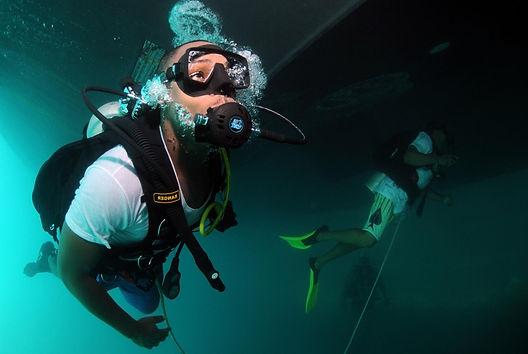 underwater scubadiving, oxygen tank, missouri conservationism