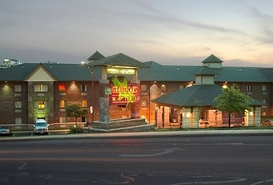 vacation accommodations, highway lodging