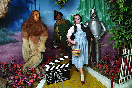 life like wax sculptures, wizard of oz, look a like statues