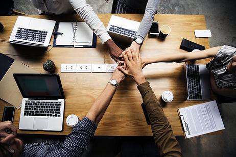 teamwork-makes-the-dream-work.jpg