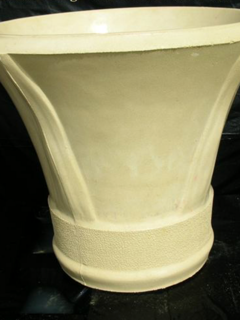 CHILLION SANDSTONE POT