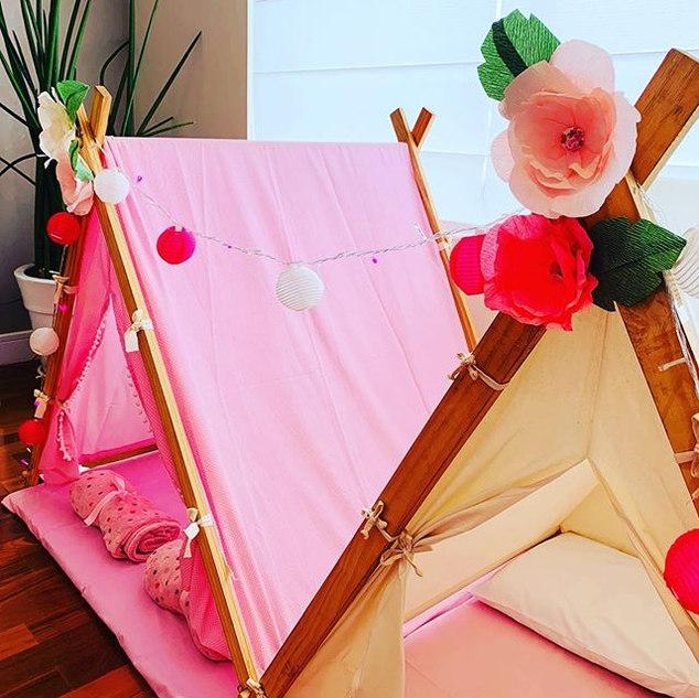 Festa do pijama no tema Flores