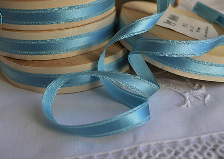 VIntage art silk ribbon