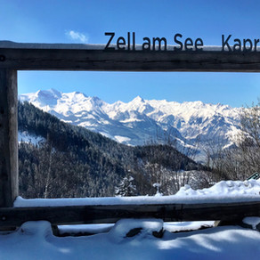 ALPINE SKIING IN ZELL AM SEE