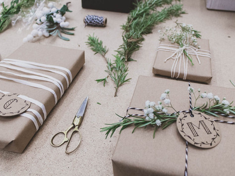 Wrapping Christmas Presents | Unusual and Beautiful Ways to Use Kraft Brown Paper