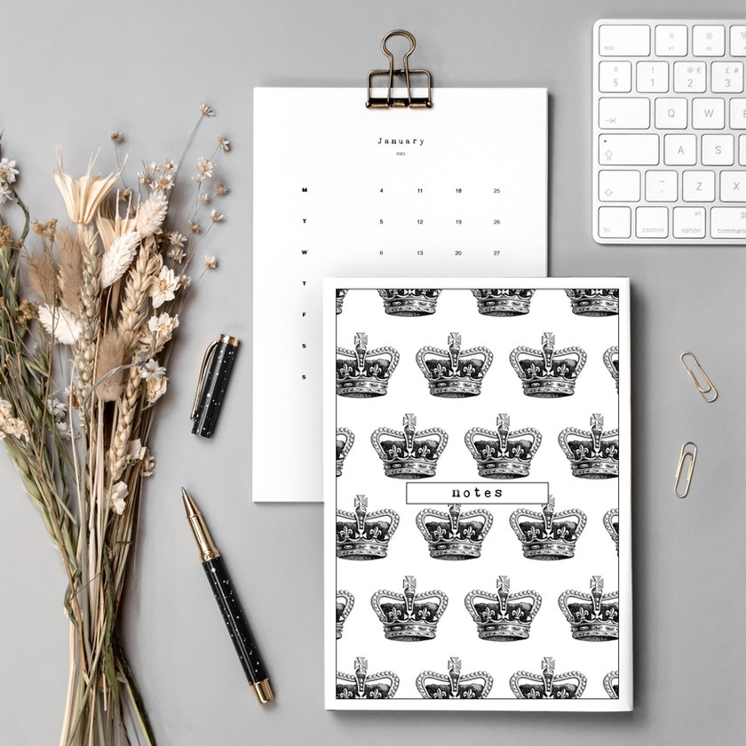 Style Queen Stationery Set