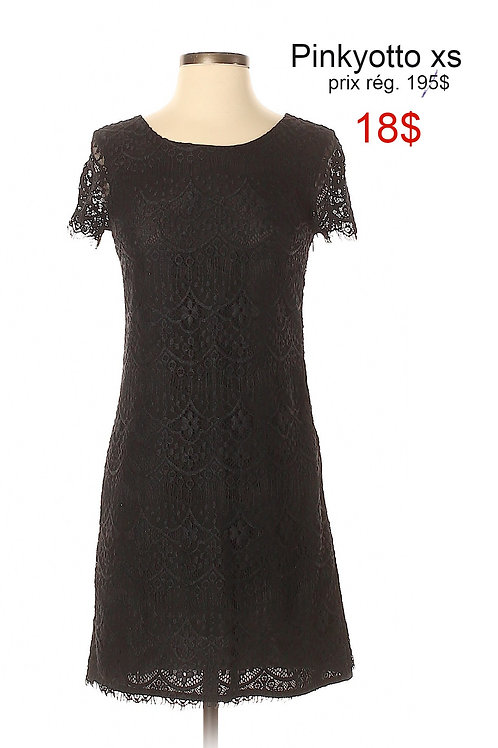 robe noire dentelle xs Pinkyotto black lace dress