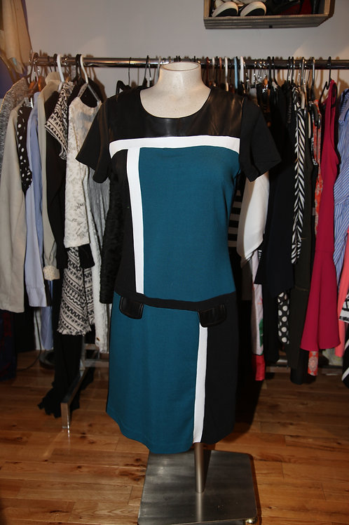robe small noire, bleue, blanche San Francisco color block dress