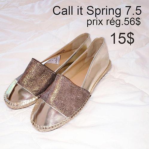 espadrilles dorées 7.5 Call it Spring souliers