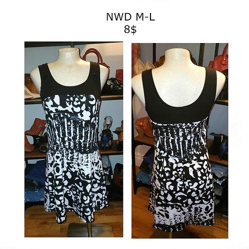robe courte NWD médium
