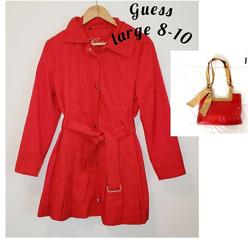 trench rouge Guess large 8 10 ans