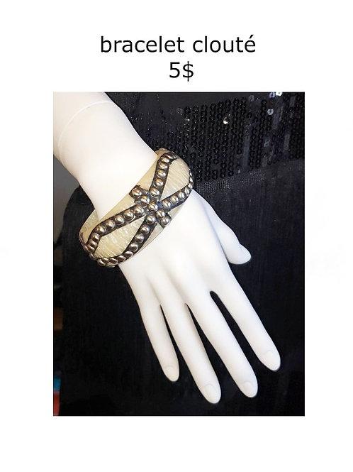 bracelet rigide clouté blanc noir